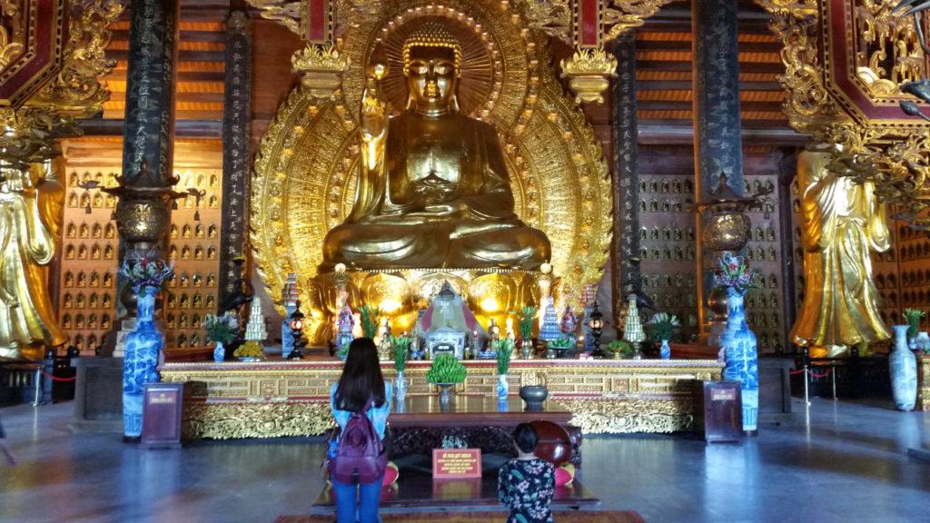 Bai Dinh Budda