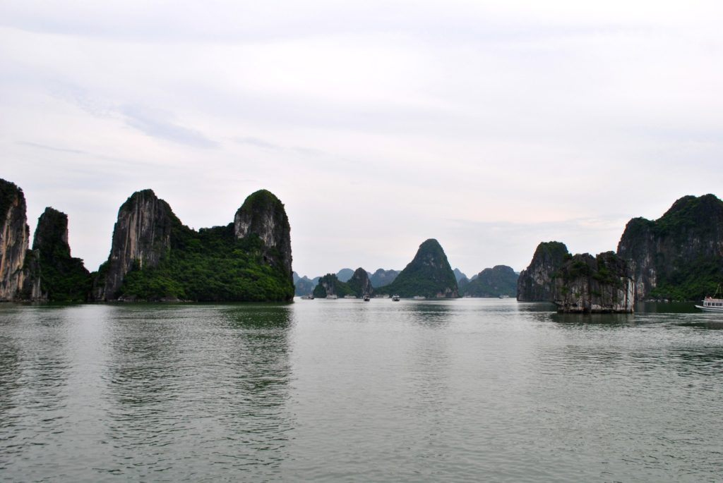 Ha Long Bay 3