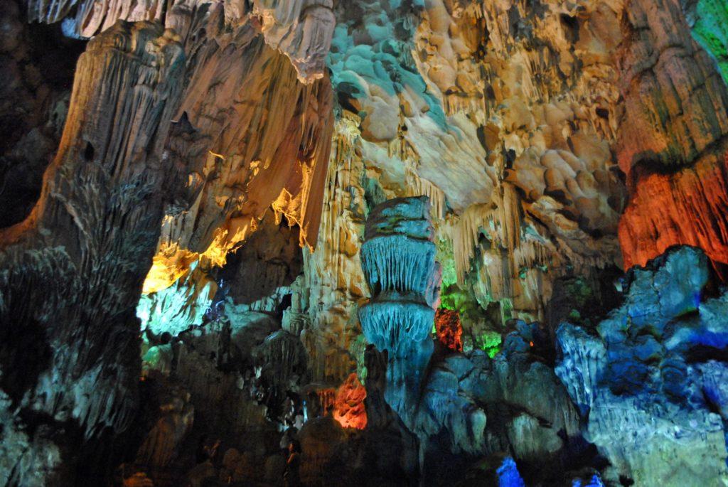 Thien Cung Cave 2